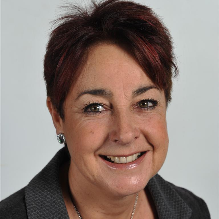 Prof Christine Helliar