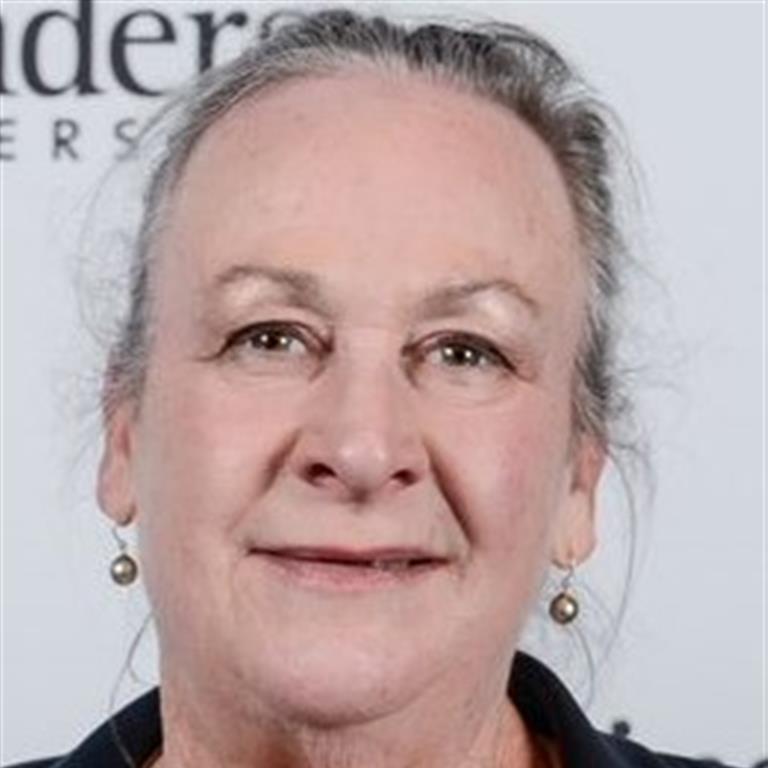 Associate Professor Elsbeth McInnes