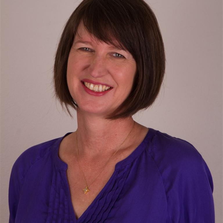 Dr Gisela Van Kessel