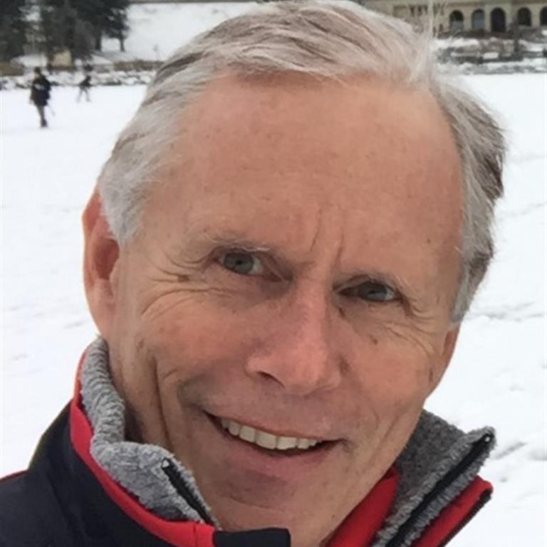 Associate Professor Paul Bennett