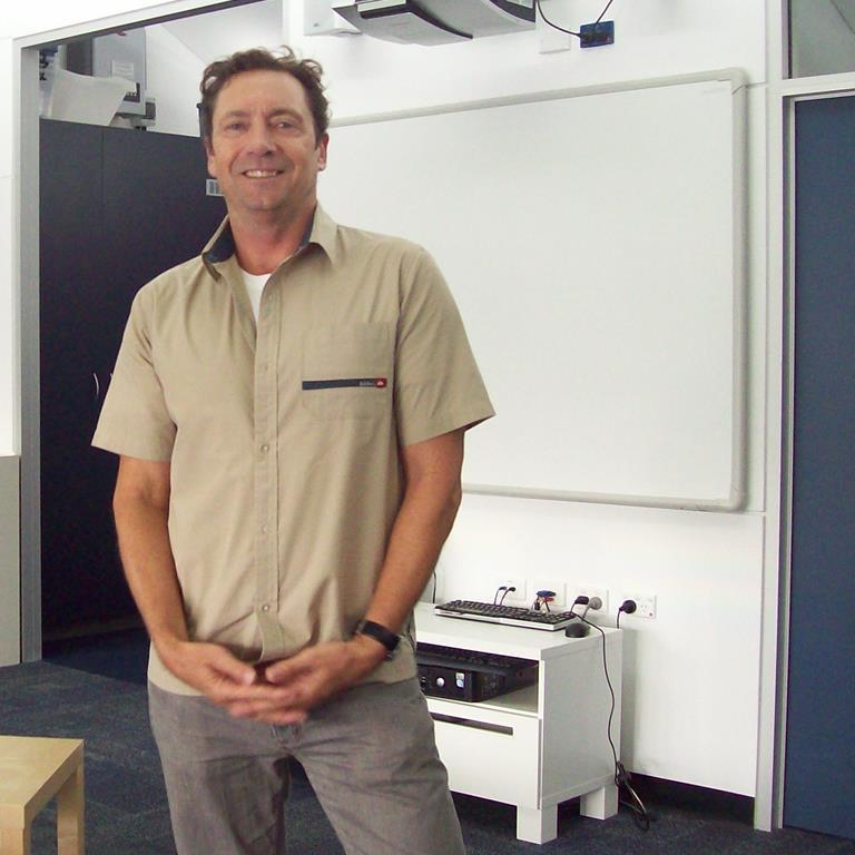 Dr Paul Unsworth