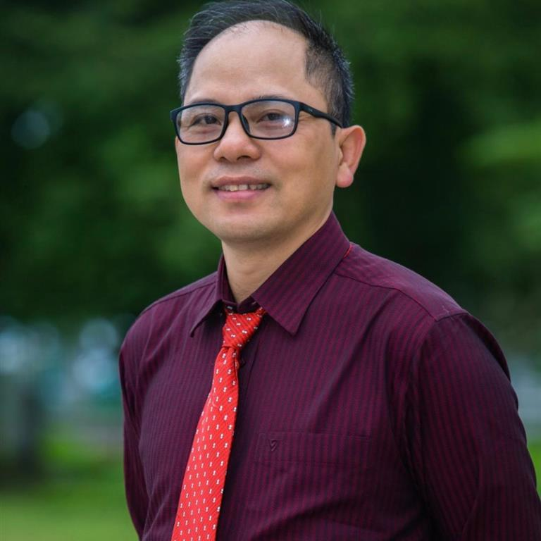Dr Toan Pham