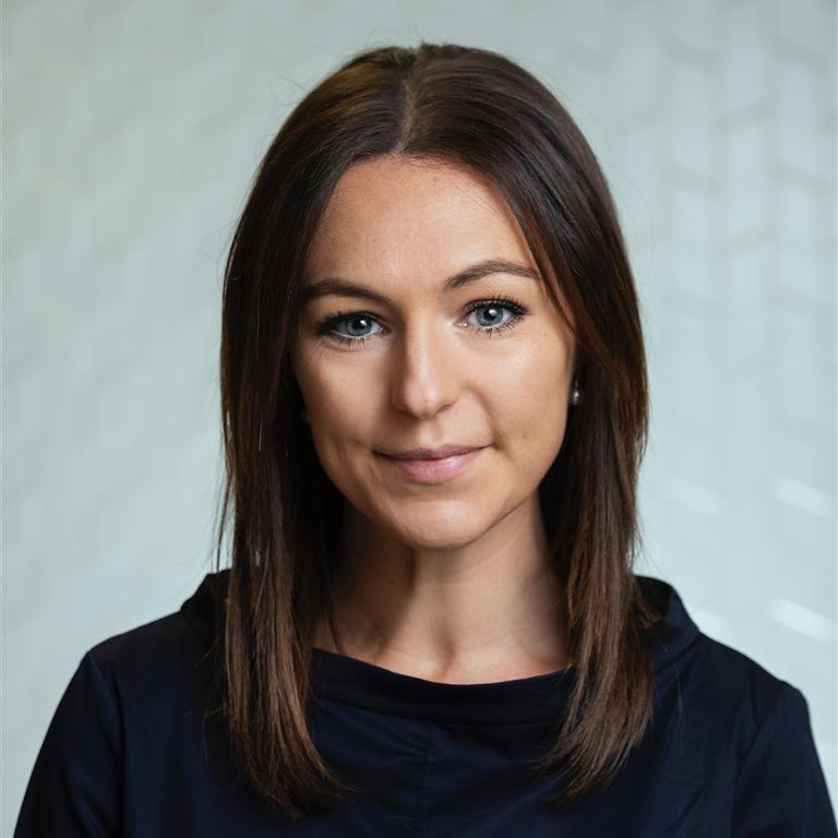 Dr Ysabella Van Sebille