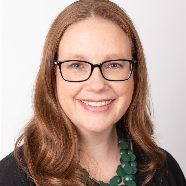 Associate Professor Amanda Hutchinson