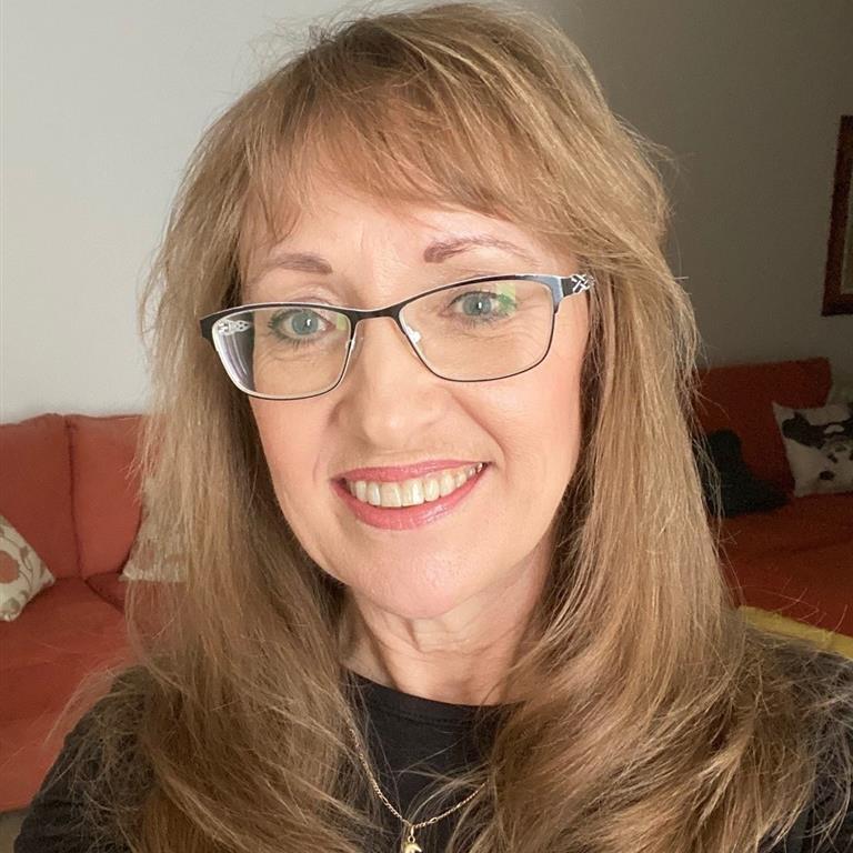 Professor Carol Tilt