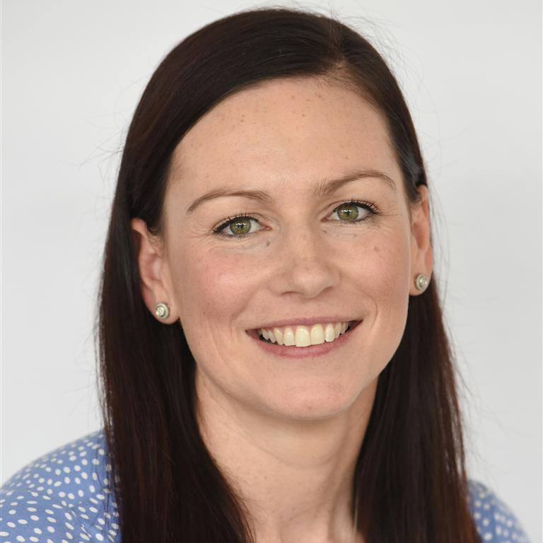 Dr Erin Lousberg