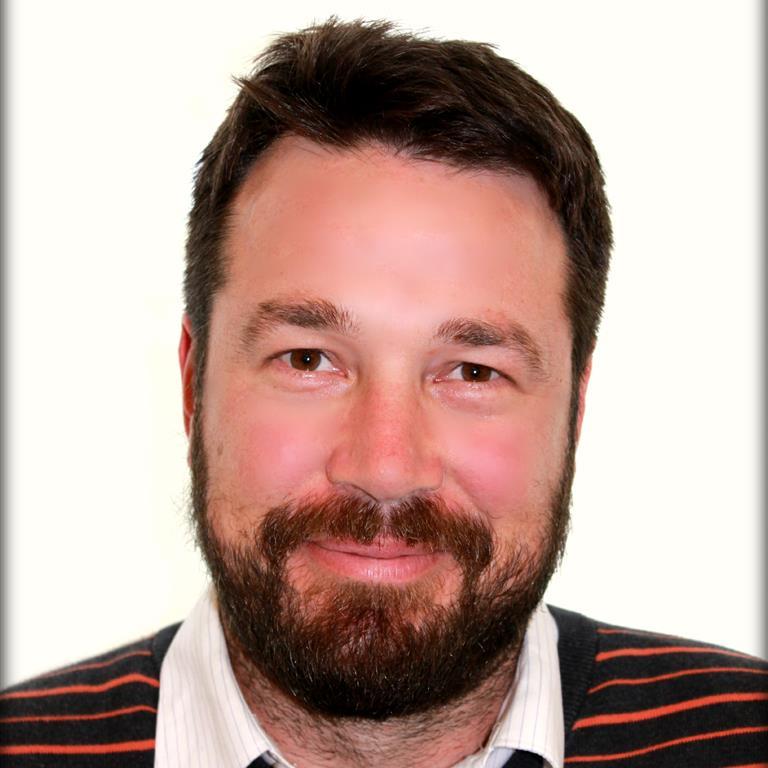 Dr Scott Coussens